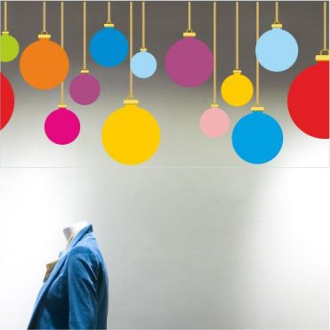 Plain Multicoloured Baubles Border
