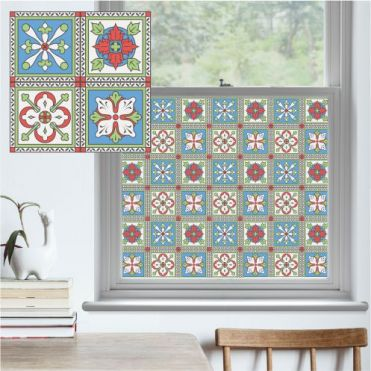 Rosa Patterned Victorian Stained Glass Design